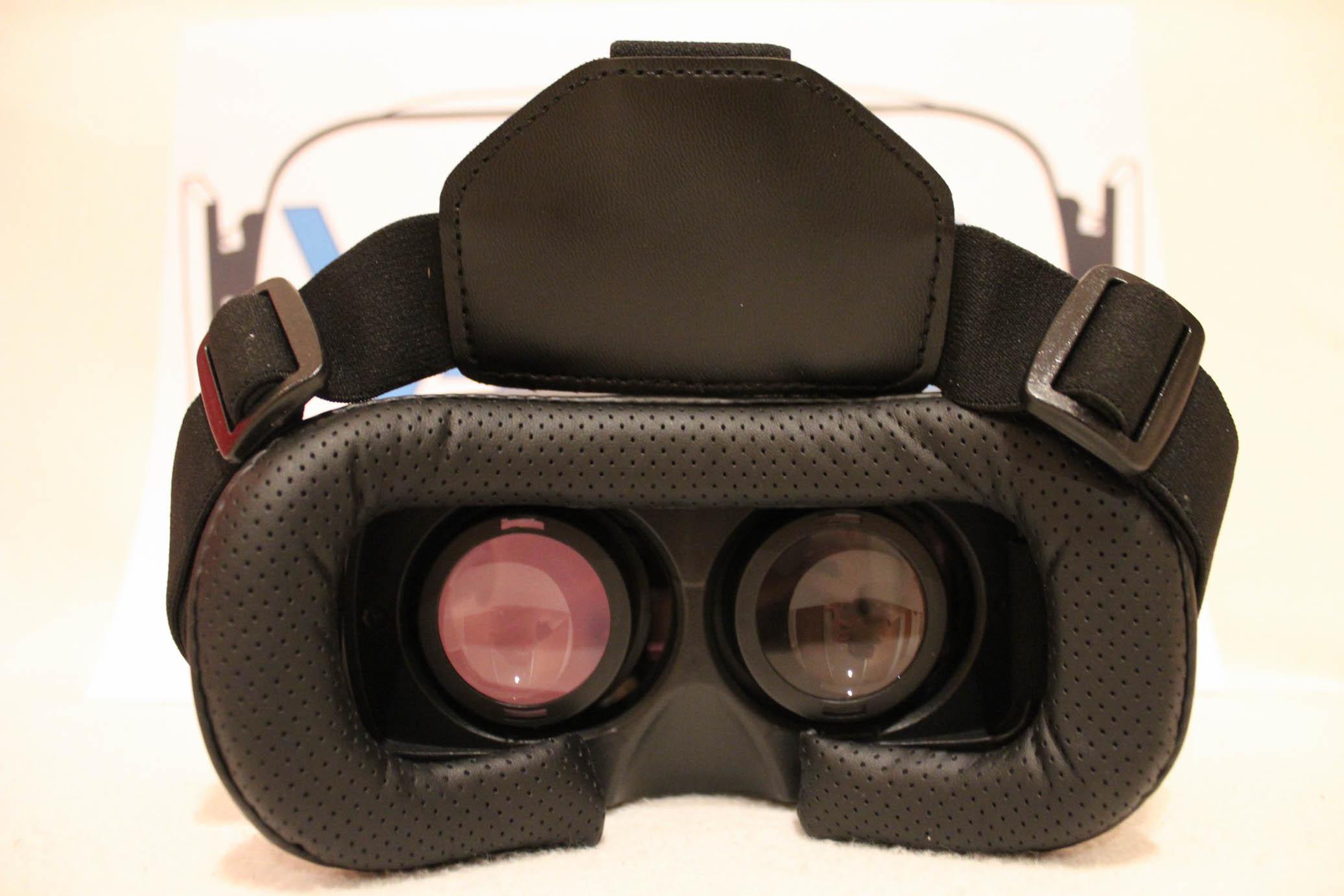8dde889a3 VR Box 2.0 je populárny čínsky headset. skvelý headset, ktorému nie je čo  vytknúť. Poskytuje všetko, čo pre mobilnú virtuálnu realitu potrebujete.